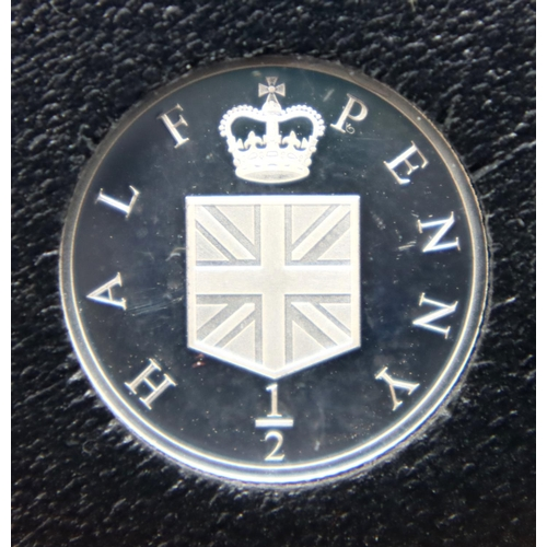 3019 - Jubilee Mint, two silver proof coins: The 75th Anniversary of D-Day £1 and The 50th Anniversary of D...