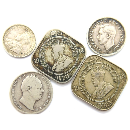 3028 - Five coins of George IV, George V and George VI, including two 1918 2 Annas (India). P&P Group 1 (£1...