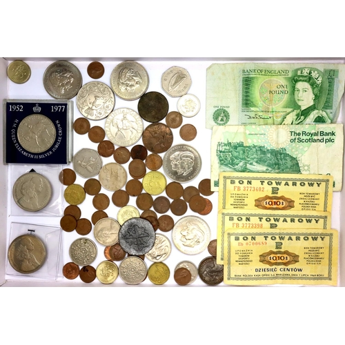 3037 - Elizabeth II, two £5 coins, two £1 notes and four Welsh £1 coins, further mostly UK coins, Polish an...