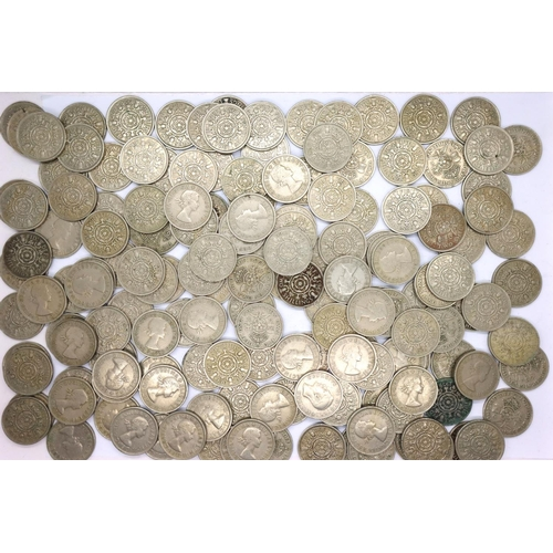 3045 - A collection of George VI and Elizabeth II two-shillings. P&P Group 1 (£14+VAT for the first lot and...