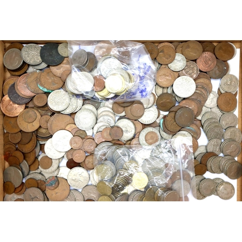 3048 - A collection of 20th century UK coins, mostly Elizabeth II pre-decimal, with a further quantity of w...