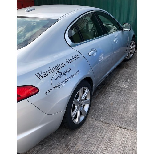 1B - 2010 Jaguar XF 3 litre diesel. 2 owners 86,000 miles. Good condition but engine seized, (believed cr...