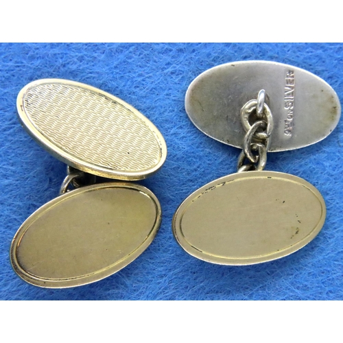 17 - 9ct gold on silver oval cufflinks, 10.9g. P&P Group 1 (£14+VAT for the first lot and £1+VAT for subs...