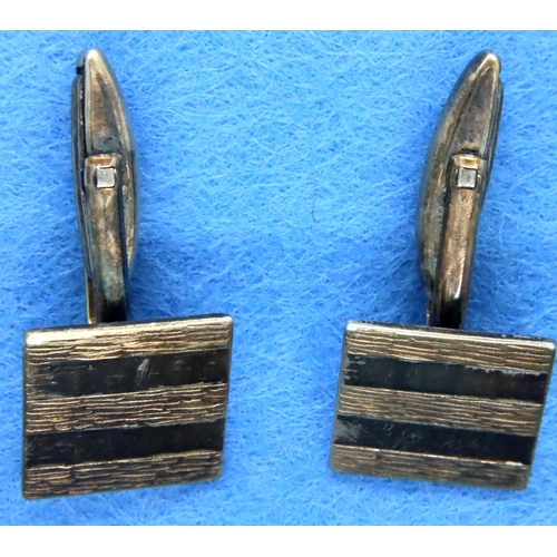 5 - 9ct gold on silver cufflinks, 9.5g. P&P Group 1 (£14+VAT for the first lot and £1+VAT for subsequent...