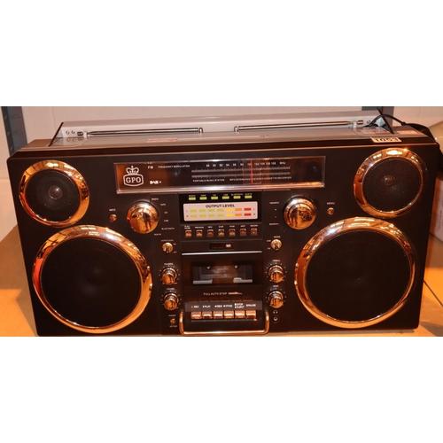 1053 - GPO Brooklyn large 1980s-Style Boombox - CD, cassette, DAB+ & FM Radio, USB, Bluetoothreceiver; 30 x...