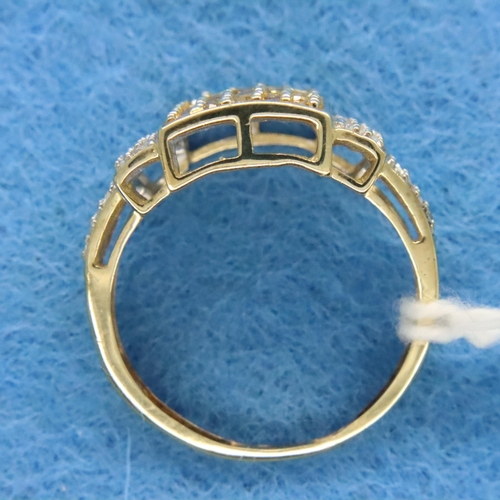 11 - 9ct champagne and white gold diamond set ring, size K/L, 2.2g. P&P Group 1 (£14+VAT for the first lo...