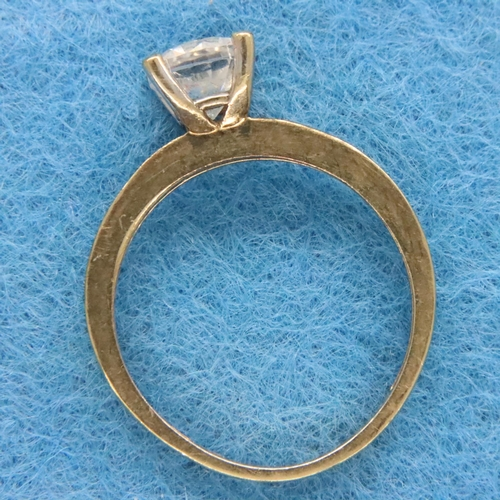 12 - 9ct gold stone set ring, size L, 1.6g. P&P Group 1 (£14+VAT for the first lot and £1+VAT for subsequ...