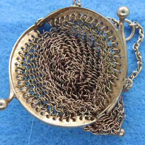 20 - 9ct rose gold sovereign purse, 6.5g. P&P Group 1 (£14+VAT for the first lot and £1+VAT for subsequen...