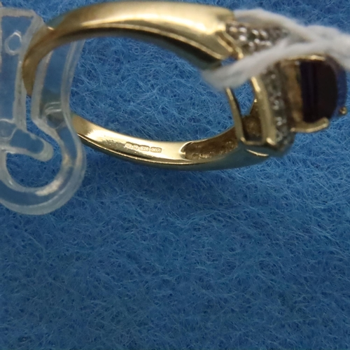 4 - 9ct gold diamond and amethyst ring, size N/O, 3.6g. P&P Group 1 (£14+VAT for the first lot and £1+VA...