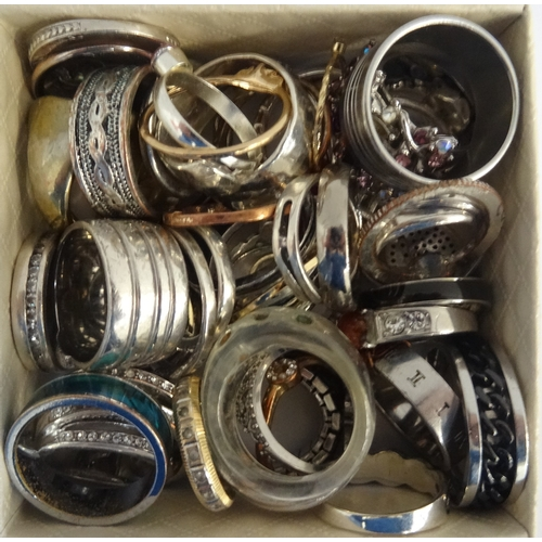 18 - SELECTION OF SILVER AND OTHER RINGS including gem and stone set examples, 1 box...