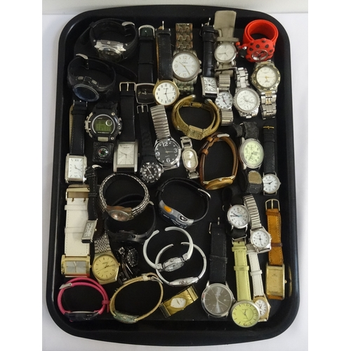 125 - SELECTION OF LADIES AND GENTLEMEN'S WRISTWATCHES including Sekonda, Ravel, Lorus, Everite, Smiths, T...
