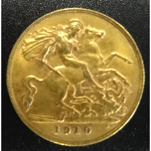 332 - EDWARD VII GOLD HALF SOVEREIGN COIN dated 1910...