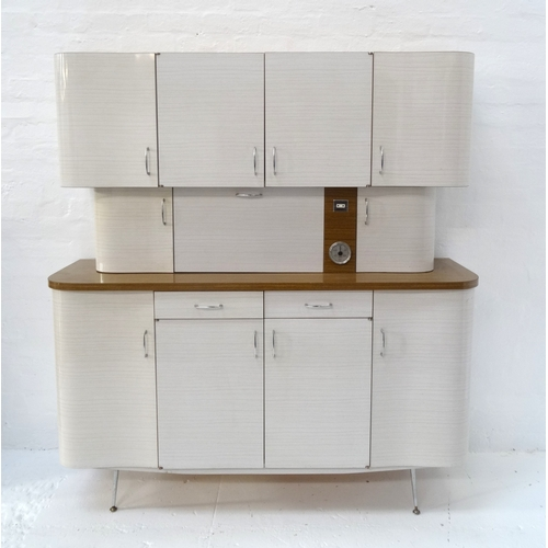 428 - RETRO 1960'S FRENCH KITCHEN UNIT in three sections, the upper with a pair of cupboard doors flanked ...