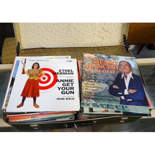 297 - SELECTION OF LPs including Judy Garland, Frank Sinatra, Max Bygraves, Jimmy Shand, Fred Astaire, Bil...
