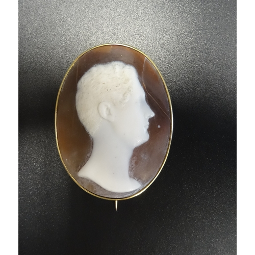 45 - SHELL CAMEO BROOCH depicting a male head in profile, in unmarked gold mount, 4.8cm high - RETURNED...
