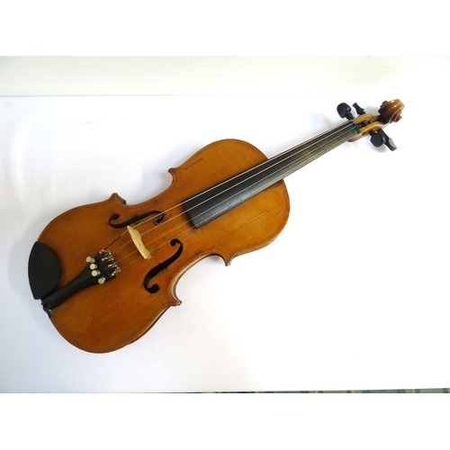 245 - VINTAGE VIOLIN full size with two piece back  - RE-OFFERED TIMED AUCTION...