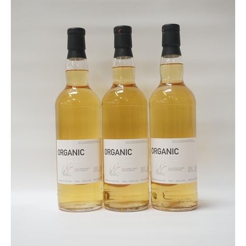 125 - THREE BOTTLES OF BRUICHLADDICH FUTURES ORGANIC Three bottles of Bruichladdich Futures Organic Single...