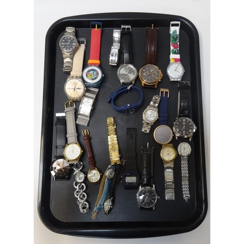 32 - SELECTION OF LADIES AND GENTLEMEN'S WRISTWATCHES including Lorus, Swatch, DKNY, Fossil, Hugo Boss, A...