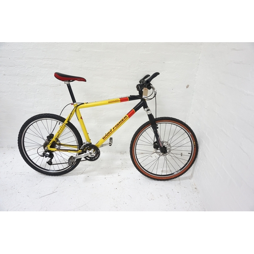 446 - MEN'S GARY FISHER TASSAJARA MOUNTAIN BIKE with front Rock Shox suspension, front and rear disc brake...