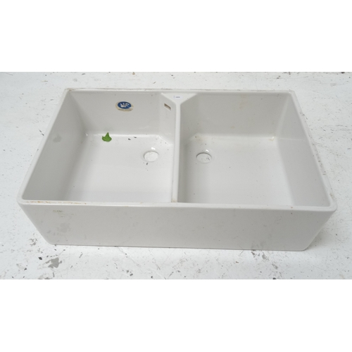 538 - NEW AND UNUSED PORCELAIN BELFAST TYPE SINK with twin basins, 90cm wide...