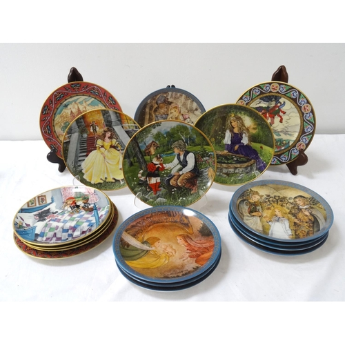 233 - SEVENTEEN COLLECTORS PLATES with three Villeroy & Boch Russian Fairy Tales, six Kaiser folk stories ...