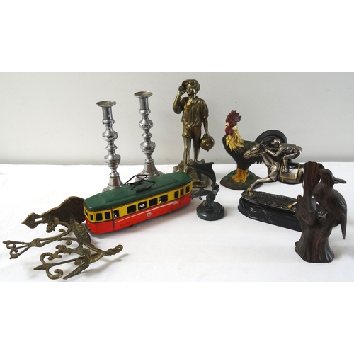 276 - SELECTION OF COLLECTABLES including a silvered metal jockey and racehorse ornament; a brass wall sco...