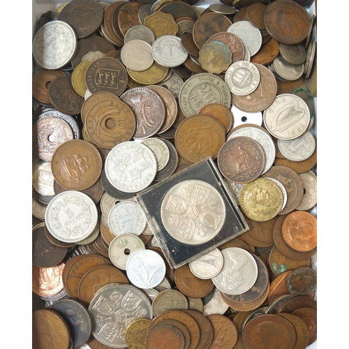 436 - SELECTION OF BRITISH AND WORLD COINS including a George III 1799 Farthing, various Victorian and lat...