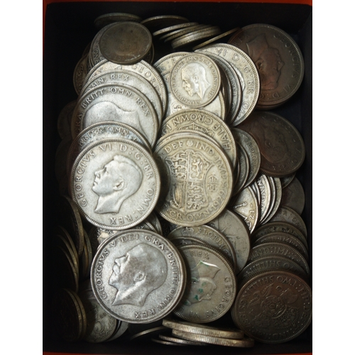 438 - SELECTION OF BRITISH SILVER COINS FROM BETWEEN 1920 AND 1946 comprising 22x Half Crowns, 11x Florins...