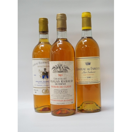 16 - SELECTION OF THREE BOTTLES OF VINTAGE SAUTERNES A trio of bottles of Vintage Sauternes, comprising: ...