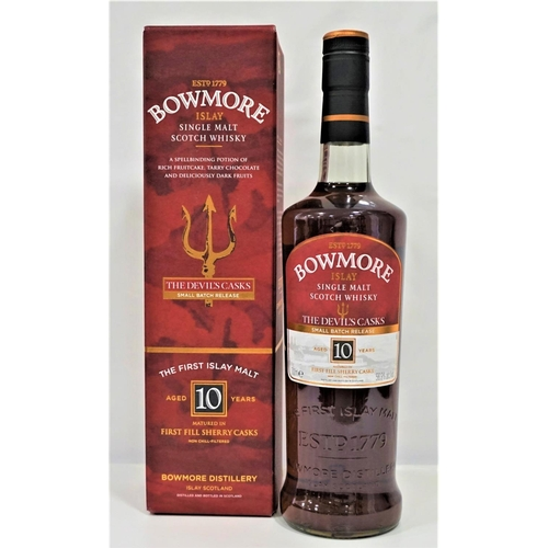 37 - BOWMORE 10YO THE DEVIL'S CASKS - BATCH 1 A much sought after bottle of the Bowmore 10 Year Old Singl...