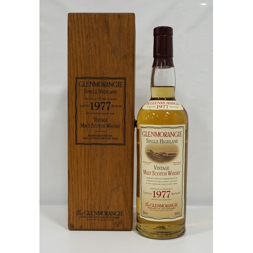 70 - GLENMORANGIE 1977 VINTAGE A great example of a Limited Edition Glenmorangie 1977 Vintage Single Malt...