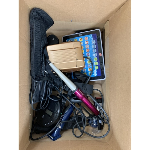 19 - SELECTION OF GENERAL ELECTRICAL ITEMS including two Nintendo Switch controllers, Poleroid camera, GH...
