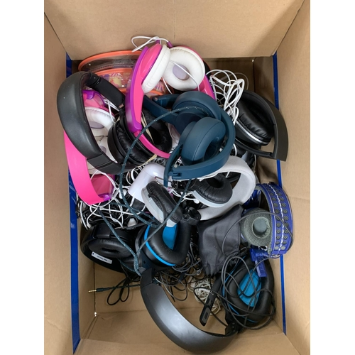 20 - ONE BOX OF BRANDED AND UNBRANDED HEADPHONES on ear and in ear, including: Sony, AKG, Apple, etc....