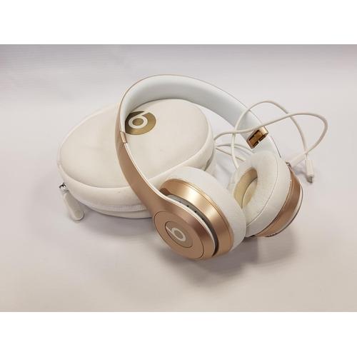 98 - BEATS SOLO2 WIRELESS ON-EAR WIRELESS BLUETOOTH HEADPHONES in original case....