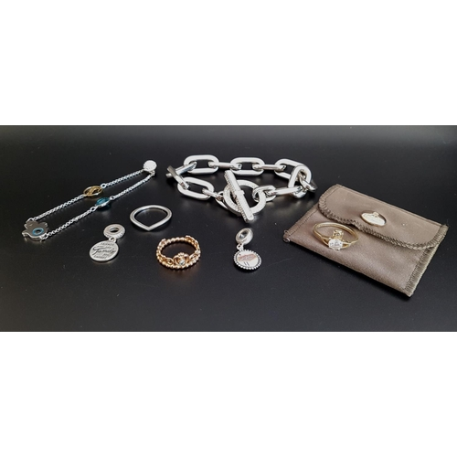 15 - SELECTION OF FASHION JEWELLERY comprising a Vivienne Westwood silver gilt ring, in pouch; a Michael ...