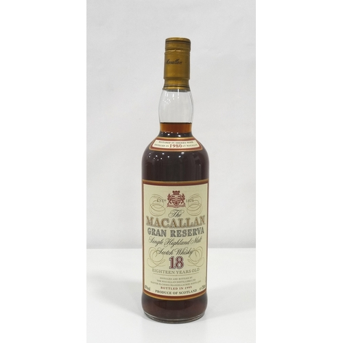 689 - MACALLAN GRAN RESERVA 18YO - 1980 A rare and sought after bottle of the famous Macallan 18 Year Old ...