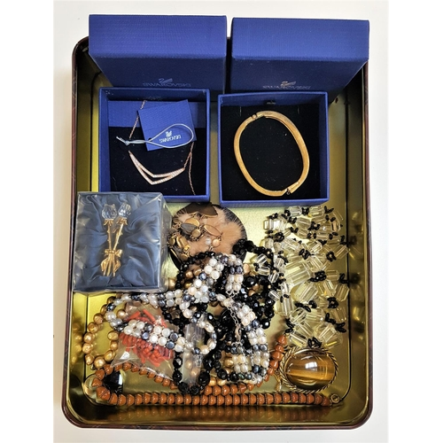 28 - SELECTION OF VINTAGE AND OTHER COSTUME JEWELLERY including a damascene necklace with butterfly shape...