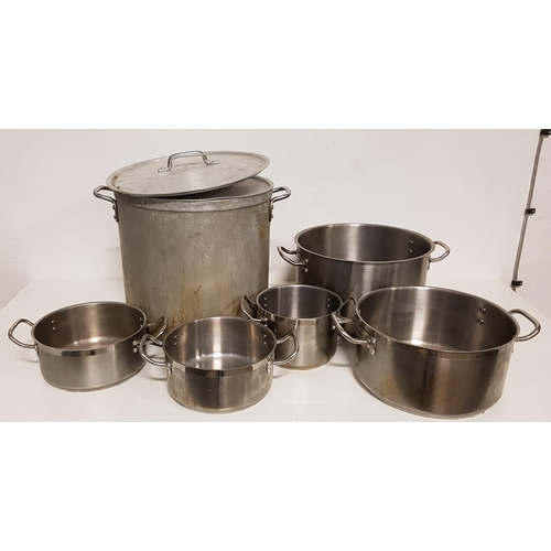 39 - SELECTION OF SIX GRADUATED COOKING POTS including a large stock pot with lid (6)...
