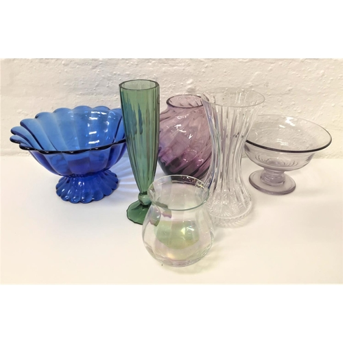 256 - SELECTION OF GLASS BOWLS AND VASES in pastel shades, including an opalescent Polish Krosno glass vas...
