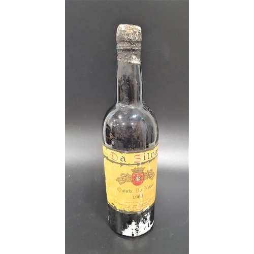 622 - DA SILVAS QINTA DO NOVAL 1960 VINTAGE PORT Produce of Portugal, Antonio Je da Silva & Co. Ltd. No st...
