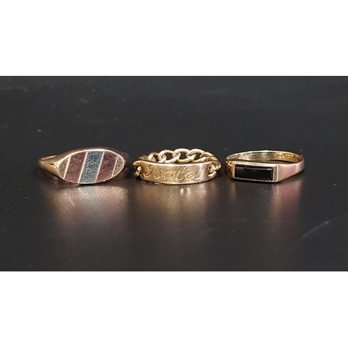 13 - THREE NINE CARAT GOLD RINGS comprising a black agate set ring, size I; one with panel engraved 'Isab...