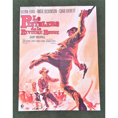 256 - FIVE FRENCH GRANDE WESTERN FILM POSTERS comprising 'Quand le Colts Sonnent le Glas', 1968, 45.5