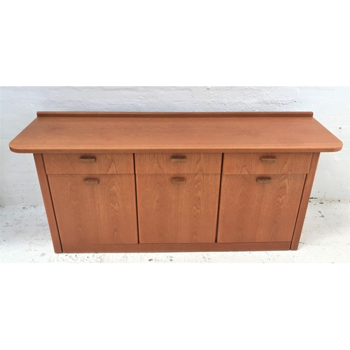 484 - TEAK SIDEBOARD with a raised back and shaped top above three frieze drawers and three cupboard doors...