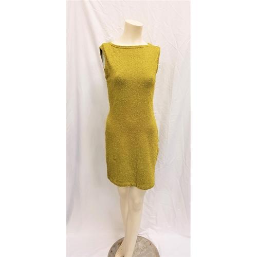 9 - LIAR LIAR (1997) - SAMANTHA'S GREEN DRESS - PLAYED BY JENNIFER TILLY Ladies lime green dress by BCBG...
