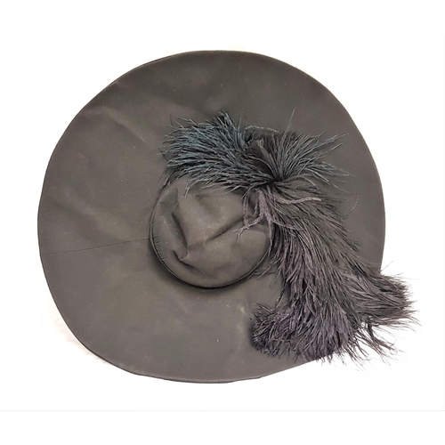 23 - THE GOVERNESS (1998) - ROSINA DA SILVER'S WIDE BRIMMED HAT WITH FEATHER - PLAYED BY MINNIE DRIVER Cu...