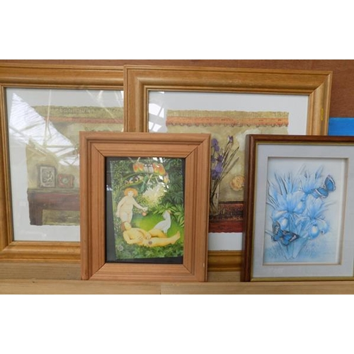 25 - Selection of pictures & canvas/paper art...