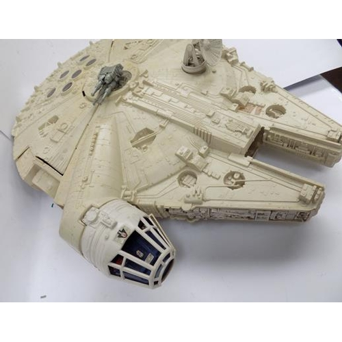 48 - 1979 original Star Wars Millenium Falcon toy...