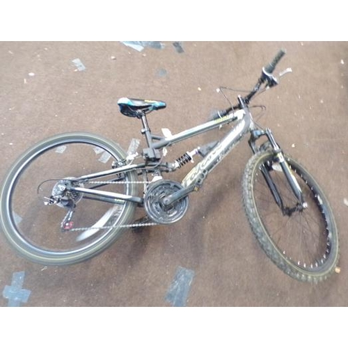 487a - Falcon Duke bike...