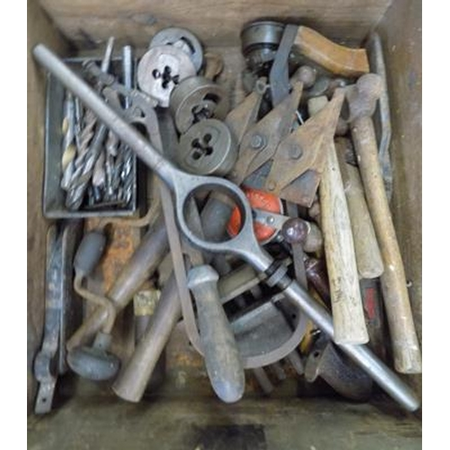 496 - Wooden crate of vintage tools...