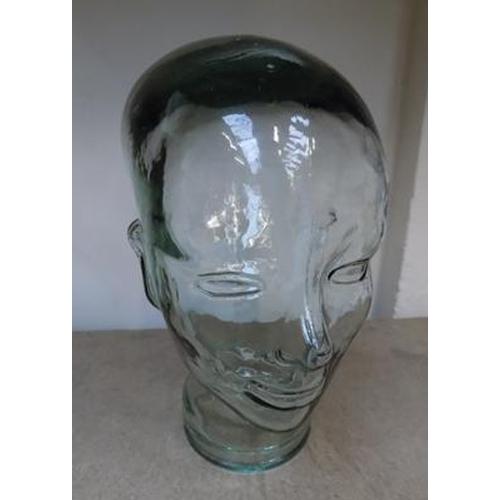 2 - 1930s Art Deco era - Milliners hat shop display head...